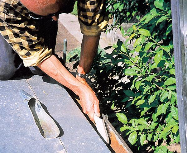 Údržba a opravy dažďových zvodov a bleskozvodov