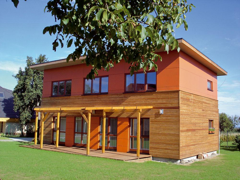 Výstavba slnečných domov sa rozbieha pozvoľna.