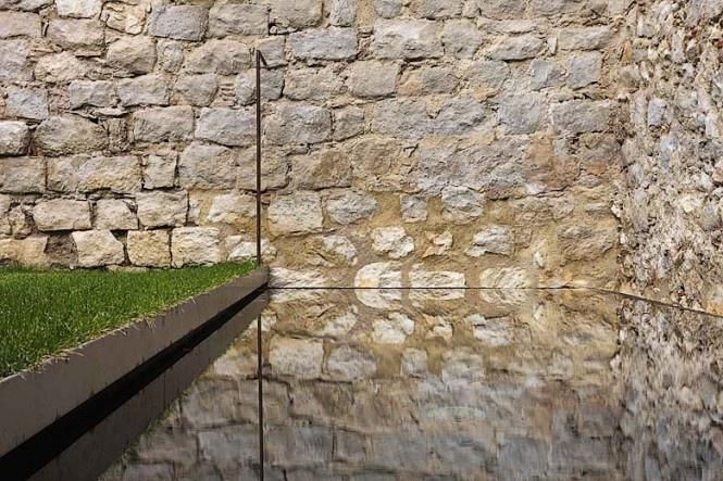 Apartmány El Badiu a El Jardi v kombinácii stredovékeho štýlu a moderného bytového dizajnu
