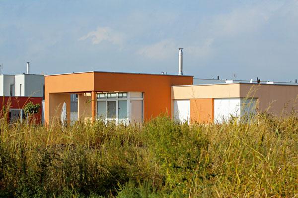 Stavba každej strechy si vyžaduje individuálny prístup aprecíznu realizáciu.