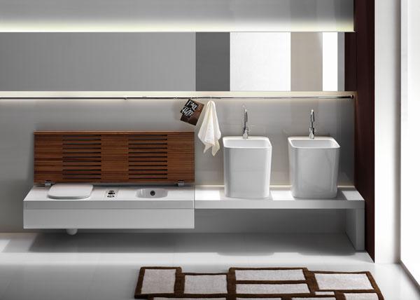 Použitím zariaďovacích predmetov zjednej dizajnovej série dosiahnete jednoliaty akompaktný vzhľad snádychom luxusu. Séria G-Full ponúka aj praktické riešenie záchodovej misy spoločne sbidetom. Vprípade potreby sa zmení na lavicu, ktorá si vkaždej kúpeľni nájde uplatnenie.