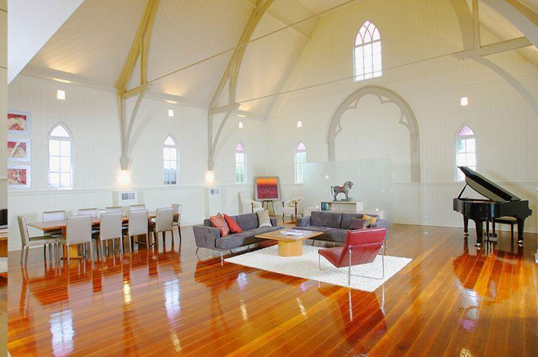 Obdivuhodné! Kostol z 19. storočia si prestavali na moderné bývanie