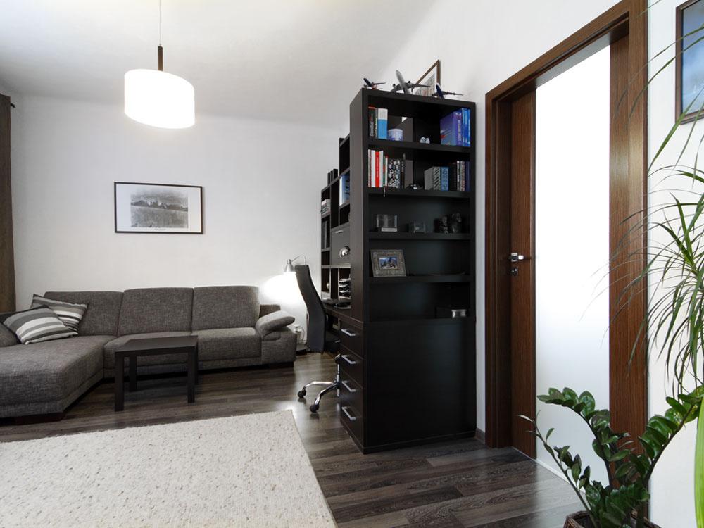 Zrekonštruovaný byt zariadený v elegantnom pánskom štýle