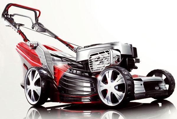 Kosačka Alko 5300 BRV. Pohon zadných kolies, plynulá prevodovka SpeedControl, voľnobeh. Lamelová spojka zaisťuje plynulý rozjazd. Motor Briggs & Stratton XM 60, zdvihový objem/výkon: 190 cm3/2,38 kW, šírka záberu 52 cm, telo kosačky zhliníka, výška kosenia 3 až 8 cm, objem koša 70 litrov. Cena 849,90 €.
