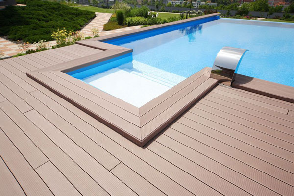 Elegantná, kvalitná a pritom nenáročná na údržbu a starostlivosť. Taká môže byť aj vaša nová terasa z Twinsonu.