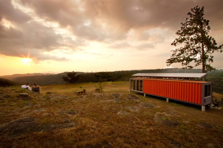 Dom z kontajnerov za 32 000 eur!