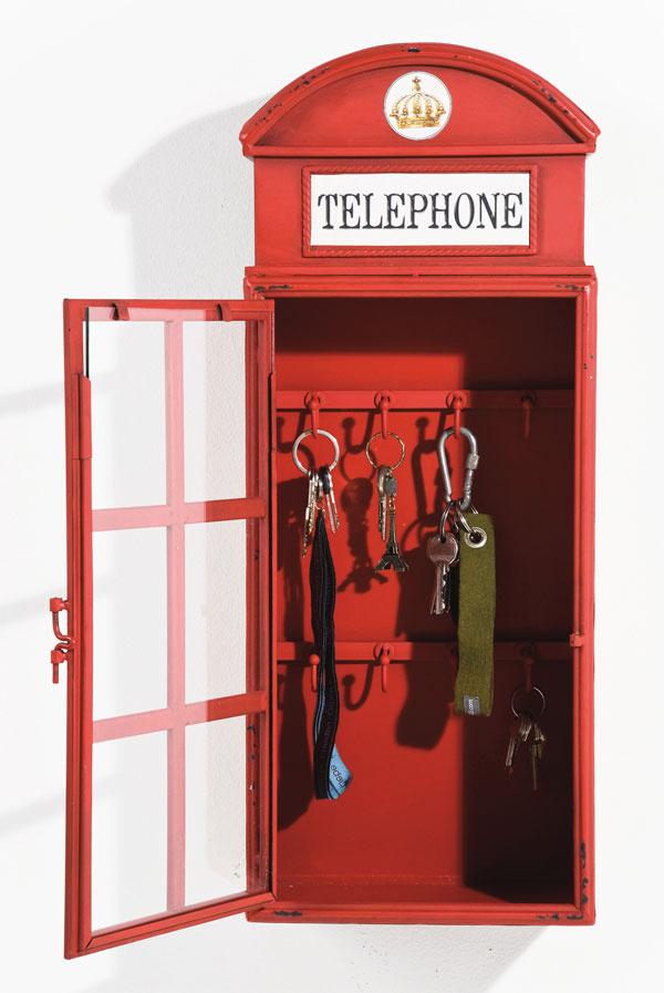 Londýnsky telefón v pozícii kľučiara, 89,90 €,