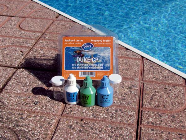 Kvapkový tester na určenie hladiny chlóru a hodnoty pH vody v bazéne, cena 15,48 €. Predáva Mountfield.