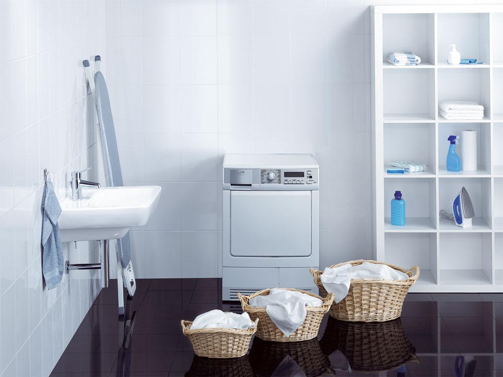 Na pranie sa priemerne použije 10 až 16l vody na osobu adeň, čo pri väčších domácnostiach predstavuje slušné množstvo pitnej vody, ktorú možno ušetriť.