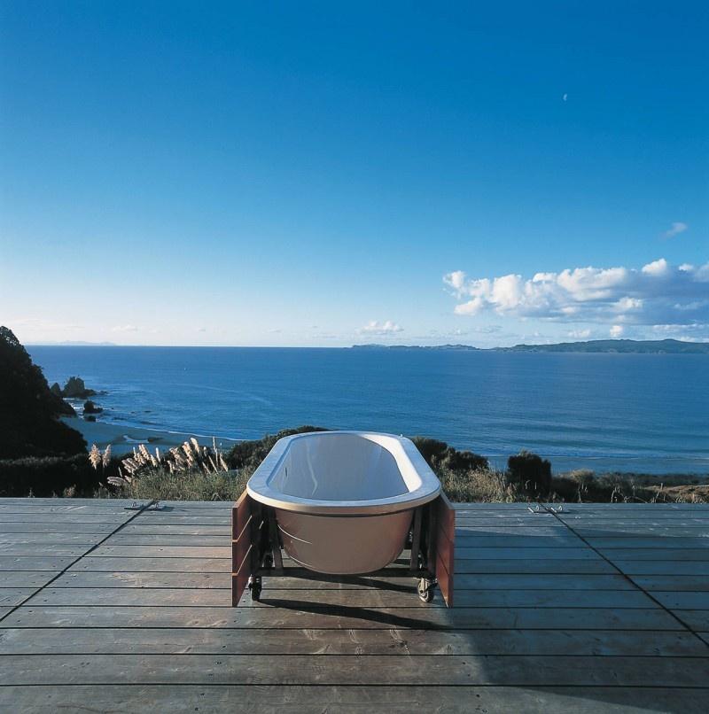 Ponúka prekrásny výhľad na oceán.