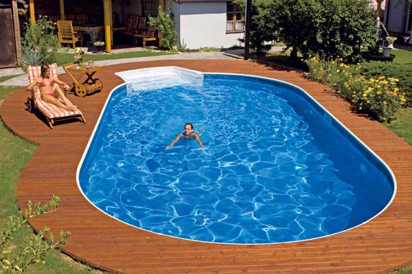 Steny bazénov Fort Wayne zprodukcie amerického výrobcu sa skladajú zpanelov zkompozitných materiálov – dajú sa tak vytvoriť rôzne tvary arozmery. Praktické môže byť dvojúrovňové dno splytčinou pre deti ahlbšou časťou na plávanie. Vponuke je viac než 25 farieb avzorov.