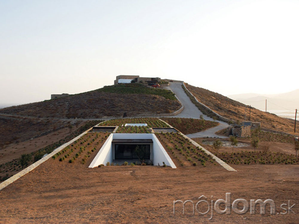 Unikátny dom, ktorý splynul s terénom