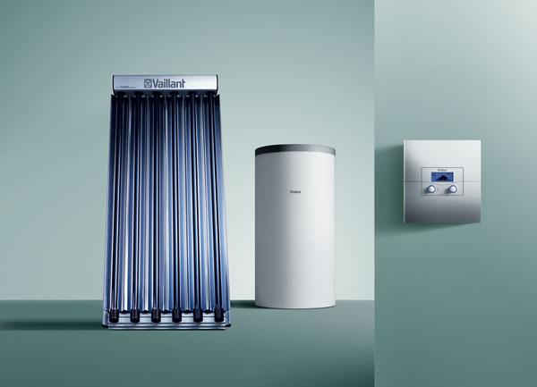 Komplexným solárnym systémom, ktorý možno využívať nielen na ohrev vody, ale aj na podporu vykurovania, je Solárna zostava 3, ktorá sa skladá zvákuových trubicových alebo plochých kolektorov atrivalentného akumulačného zásobníka. Vňom sa vzime počas dňa ukladá energia zo slnka anásledne sa odovzdáva vykurovacej vode. Spotreba zemného plynu sa tým počas vykurovacej sezóny zníži asi o20 až 30 %.