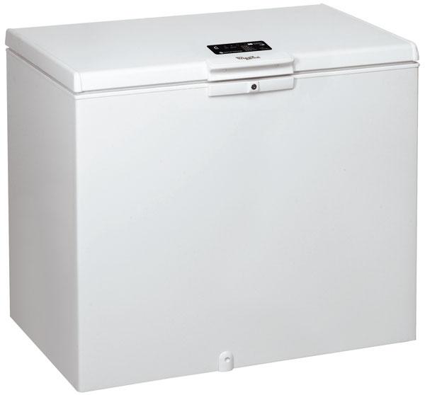 Nová truhlicová mraznička Whirlpool WHE 31352 F venergetickej triede A++ stechnológiou 6. Zmysel™ ponúka bohatú kapacitu až 311 l a3 praktické koše. Technológia STOP Frost bráni vytváraniu námrazy na stenách mrazničky, pričom vlhkosť sa kumuluje všpeciálnej nádobe umiestnenej vo dverách mrazničky, kde sa premieňa na ľad. Túto nádobu jednoducho vyčistíte, optimálne raz za dva mesiace. Technológia 6. Zmysel™ automaticky zvýši výkon mrazenia, aby sa rýchlo dosiahla ideálna teplota vo vnútri mrazničky, zachová maximálnu kvalitu potravín aušetrí až 30 % energie. Odporúčaná maloobchodná cena 517 €.