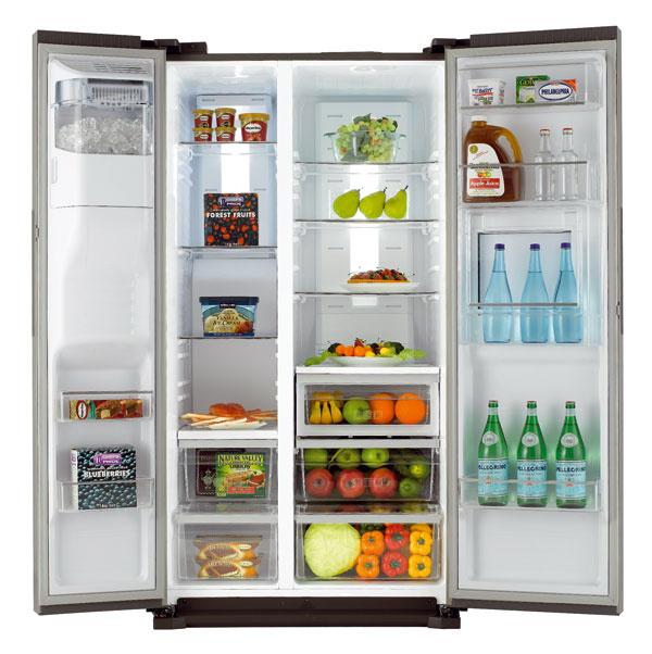 Chladnička Samsung RS7778FHCSR/EF je vybavená priestorovými inováciami, vrátane radu zásuviek, políc adržiakov astenčenými stenami, čím sa maximalizuje jej vnútorný priestor (chladiaci priestor/mraznička – 359/184 l)