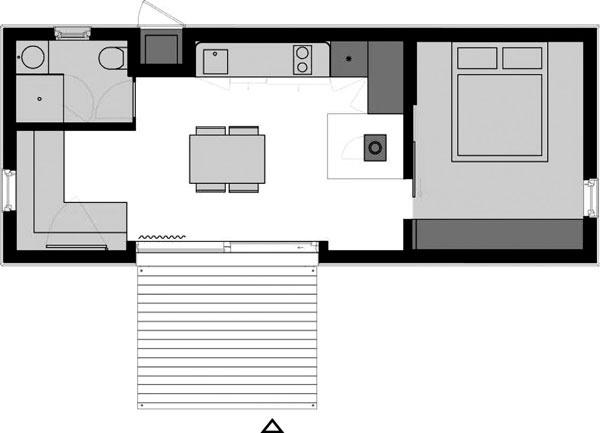 Väčší typ má dva pôdorysné varianty amohla by vňom bývať dvoj- až štvorčlenná rodina. Základné rozmery 10,6 metra na dĺžku a4 metre na šírku určujú celkový pôdorys 43 m2. Kobytnej miestnosti splochou 38 m2 prilieha vonkajšia terasa (7 m2).
