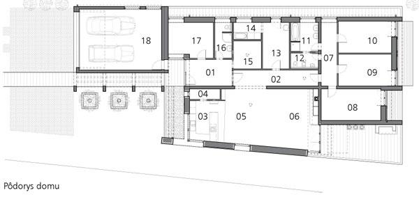 Pôdorys domu  01 zádverie 02 chodba 03 kuchyňa 04 komora 05 jedáleň 06 obývačka 07 chodba 08 spálňa 09 detská izba  10 detská izba 11 kúpeľňa 12 toaleta 13 sklad 14 práčovňa 15 šatník 16 kúpeľňa, toaleta 17 pracovňa 18 garáž
