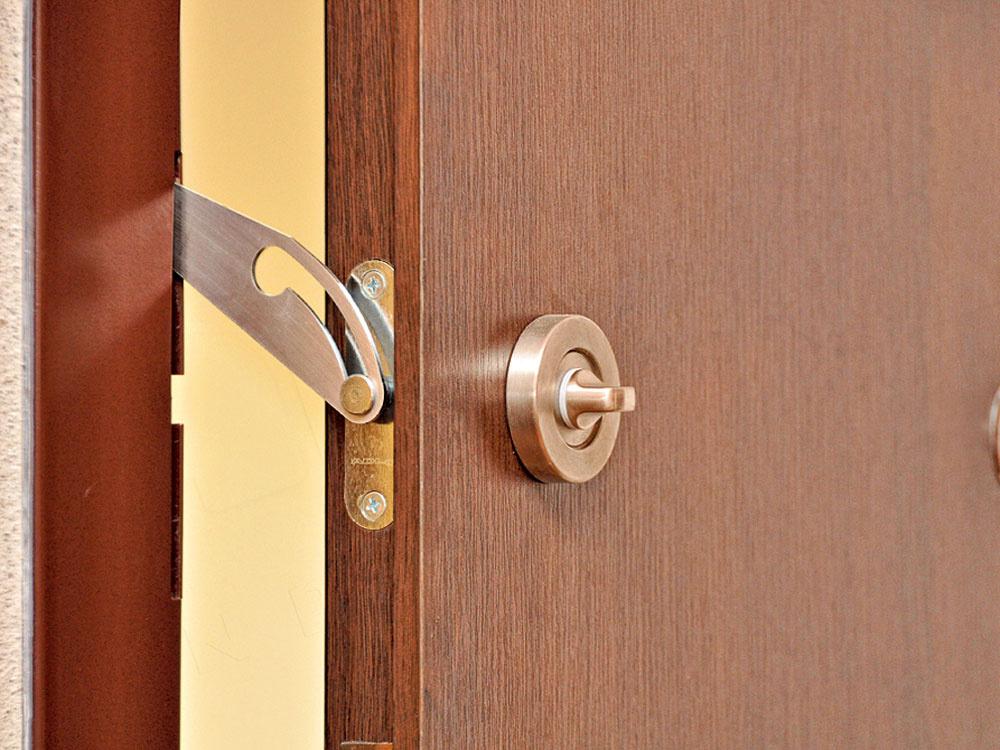 Čo musia spĺňať bezpečnostné dvere
