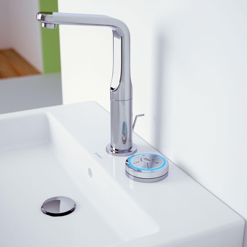 Digitálna batéria Grohe Ondus Veris Digital sintuitívnou multifunkčnou operačnou jednotkou. Kontrola teploty aprietoku, pamäťová funkcia apauza, LED osvetlenie, automatické zastavenie vody po 60 sekundách, chrómový povrch GROHE StarLight®, technológia EcoJoy® – menej vody, dobrý prietok, flexi pripojovacie hadičky. Cena 950 €.
