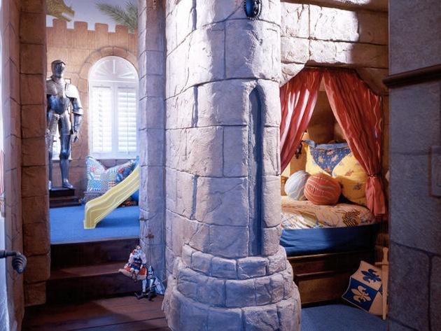 Zakomponujte do priestoru napríklad kĺzačky, lezecké steny, tajné skrýše, ...