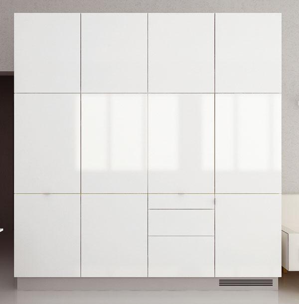 Kuchyňa v skrini Vmalometrážnych bytoch agarsónkach sa majitelia niekedy rozhodnú miestnosť, v ktorej bola pôvodne kuchyňa, prerobiť na spálňu alebo detskú izbu akuchynskú linku presunúť do obývačky. Aby nebol pracovný neporiadok neustále na očiach, ideálnym riešením je skryť linku napríklad za posuvné dvere. Napriek menším priestorovým nárokom aj tu možno dodržať ergonomickú postupnosť: chladnička – varná doska – pracovná plocha – drez – prípravná plocha.