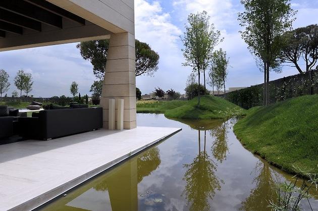 moderné bývanie v španielskom štýle