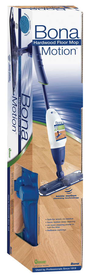 Súprava obsahuje Bona čistič na parkety, Bona Spray Mop Motion a Bona čistiacu mikrovláknovú utierku.