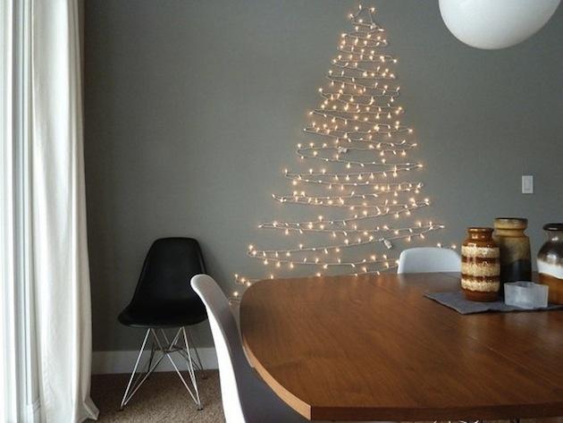 ... jednoduchý stromček zo svetelných sviečok...