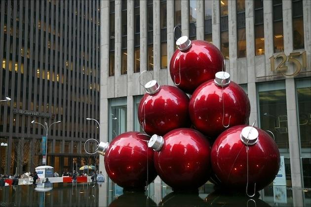 Tip na námestia: Vianočné gule alternujú celý stromček!