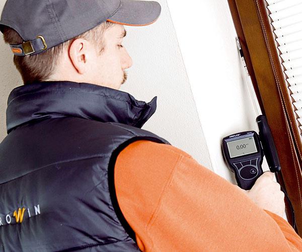 Overenie správnosti montáže okna vpasívnom dome pomocou termoanemometra počas blower-door testu