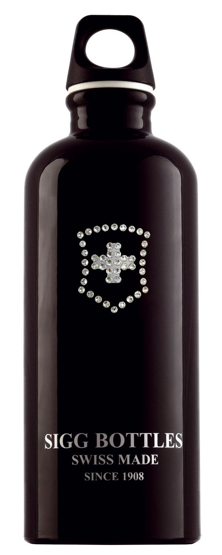 Limitovaná edícia fľaše Sigg skryštálmi Swarovski vluxusnom darčekovom balení. Cena 36 €. Predáva Potten & Pannen.
