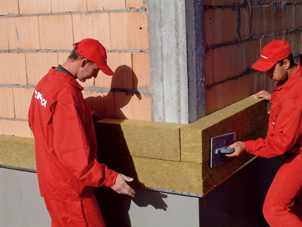 Všetky používané materiály musia byť súčasťou jednotného zatepľovacieho systému, aby sa zabezpečilo ich kvalitné spolupôsobenie.