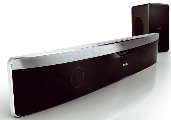 Domáce kino Philips SoundBar HTS9140/12. Ambisound – priestorový zvuk zmenšieho počtu reproduktorov, technológie Dolby TrueHD aDTS-HD, Full HD 3D, sieťové pripojenie DLNA – hudba avideo zpočítača, Philips Net TV – online služby, 20 až 20 000 Hz, Wi-Fi na port USB, nabíjacia stanica na iPod, prehráva CD-R/CD-RW, DVD+R/+RW, DVD-R/-RW, DVD-Video, Video CD/SVCD, BD Video, BD-R/RE 2.0. Cena od 799 €.