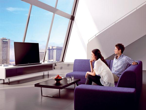 Televízor LCD Sony KDL 55 HX 850, internet TV,  Full HD, prehráva 2D a 3D, X-Reality PRO Engine, Motionflow XR 960, bezrámová konštrukcia s Corning Gorilla Glass, Dynamic Edge LED podsvietenie s lokálnym stmievaním, vstavané Wi-Fi. Cena na vyžiadanie u výrobcu.