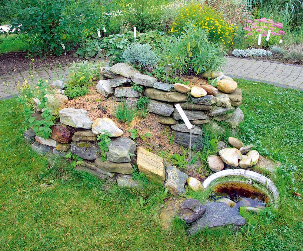 Vytvorte si v záhrade skalku inšpirovanú prírodou