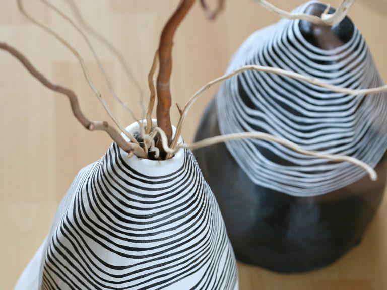 Prerobte si starú vázu na dizajnérsky kúsok