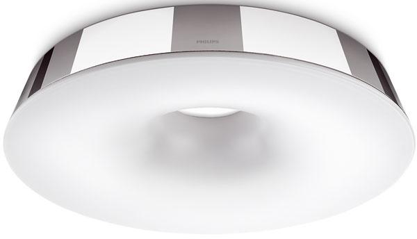 Kotúč svetla žiariaci na strope je ideálny hlavný zdroj osvetlenia vkúpeľni. Svietidlo Hole od firmy Philips s úspornou žiarivkou, vhodné do vlhkého prostredia. Cena od 180 €.
