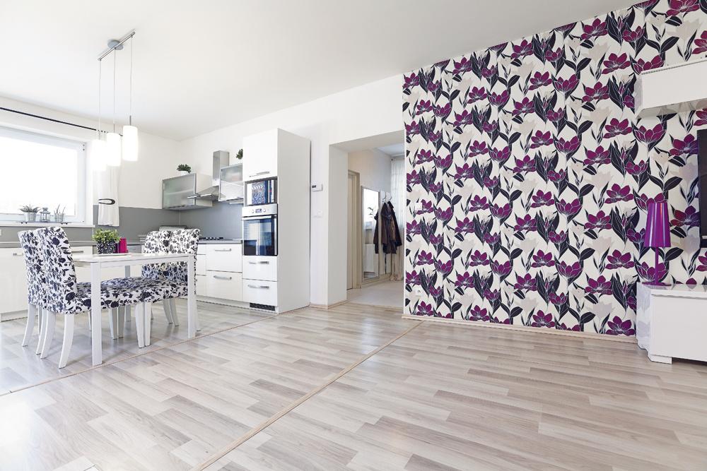 Rekonštrukciu staršieho rodinného domu vrátane moderného interiéru zvládla mladá dvojica zamesiac a18800 eur.
