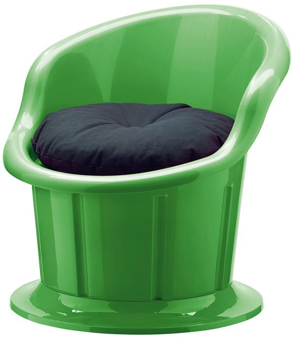 Stolička Popptorp so sedákom aúložným priestorom, rôzne farby, 49 €, IKEA