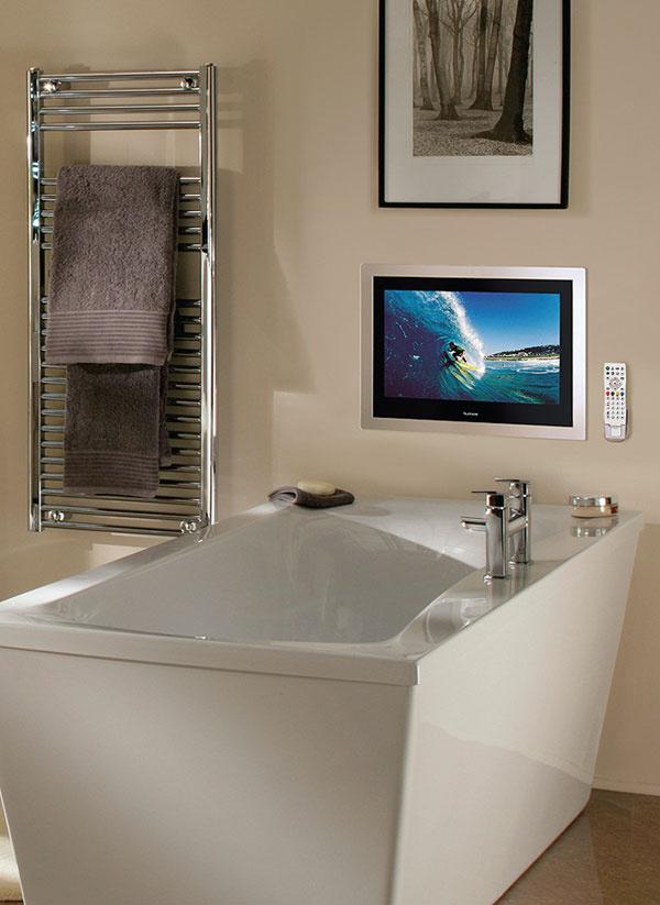 """Vrámci relaxácie vo vani si môžete dopriať aj sledovanie televízie. TileVision je zabudovateľný TV odolný proti vode azahmlievaniu obrazovky. Vypnutý má funkciu zrkadla. Ovláda sa vodoodolným diaľkovým ovládačom. 19- alebo 26-palcová LCD obrazovka je dostupná včiernej, zrkadlovej alebo striebornej povrchovej úprave. HD ready, DVB-T tuner, AV vstupy... Cena 1299 € (26"""" – 66 cm). Predáva Floydcom."""