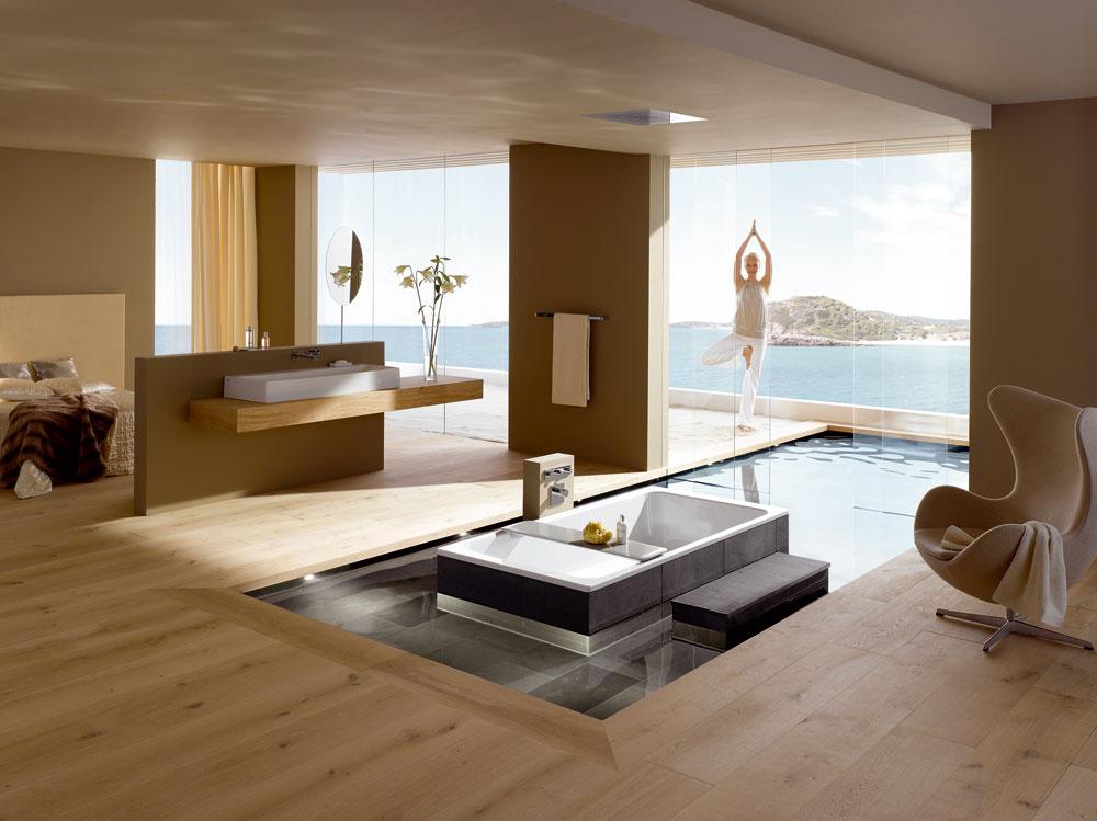 Vznášanie do kúpeľne prináša firma Kaldewei. Vaňa Bassino s neobvyklým tvarom a rozmermi (200 × 100 cm) umožňuje telu voľne sa vznášať vo vode. Komfortný vankúš podopiera hlavu a krk a zaisťuje, že hlava zostáva nad vodou zatiaľ čo telo stratí svoju hmotnosť a svaly sa úplne uvoľnia. Floating – vznášanie, má mnoho pozitívnych účinkov na ľudský organizmus, znižuje tlak na svaly chrbtice a kĺby a významne znižuje chronické bolestivé symptómy, ako sú migréna či reumatické ochorenia. Vaňa Bassino je víťazom Interior Innovation Award 2011. Vyrába sa zo smaltovanej ocele hrúbky 3,5 mm.