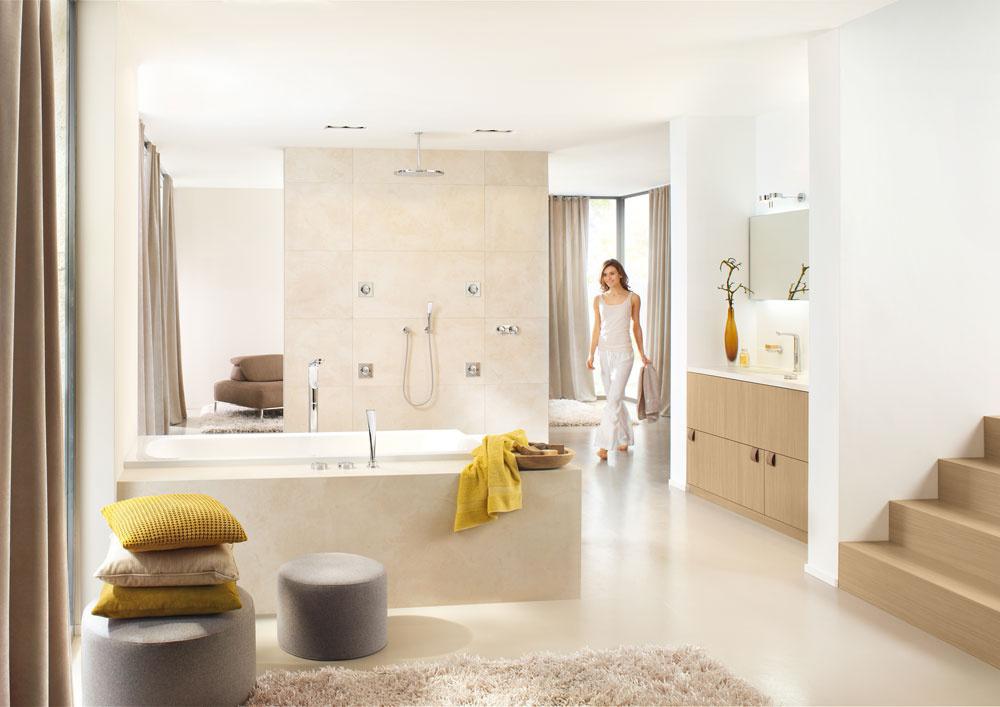 Sprchový systém Grohe Rainshower pod omietku sdýzami, cena od 330 € bez DPH. Predáva Viva.