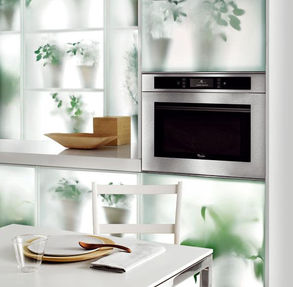 Multifunkčná mikrovlnná rúra Whirlpool AMW 850 IX, 6. zmysel, automatické recepty, teplovzdušné pečenie horúcim vzduchom, steam – varenie vpare, zapekanie Crisp, dizajn Cube Fusion, dvierka so zrkadlovým sklom, 839 €