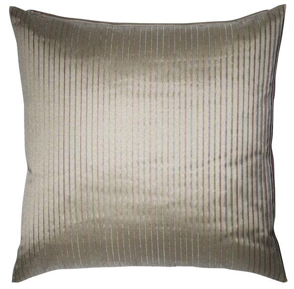 Vankúš DAGNY, vonkajší materiál 100 % polyester, vnútorný materiál 100 % bavlna, výplň kačacie perie, 45 × 45 cm, 7,99 €