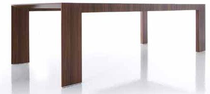 Jedálenský stôl El Dom od Cassina, ztmavého farbeného duba, dĺžka 270/240/210 cm, šírka 110 cm, výška 74 cm, od 3445 €, Konsepti