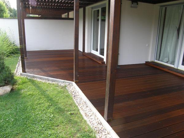 Úržba drevenej terasy