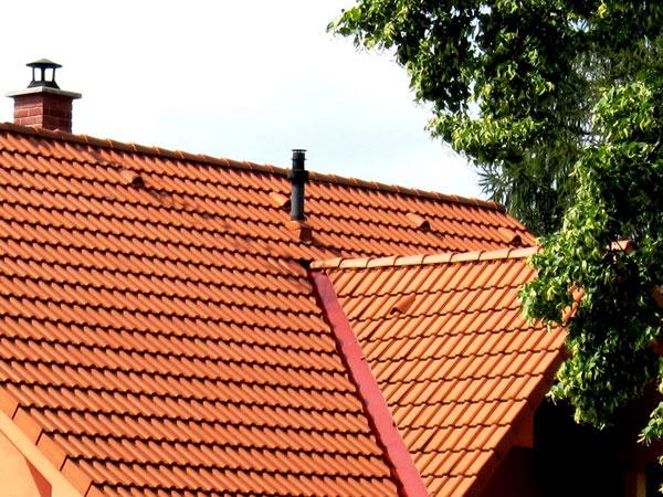 KM BETA rozšírila rad betónových strešných doplnkov