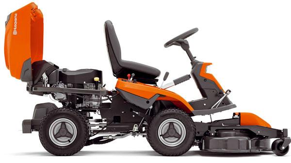 Rider Husqvarna R 316T AWD, dvojvalcový motor, náhon na všetky kolesá, možnosť pripojenia žacieho ústrojenstva so záberom 94, 103 alebo 112 cm, mulčovanie azadné vyhadzovanie, možnosť pripojiť rotačnú kefu alebo snehovú frézu, od 6 295 €