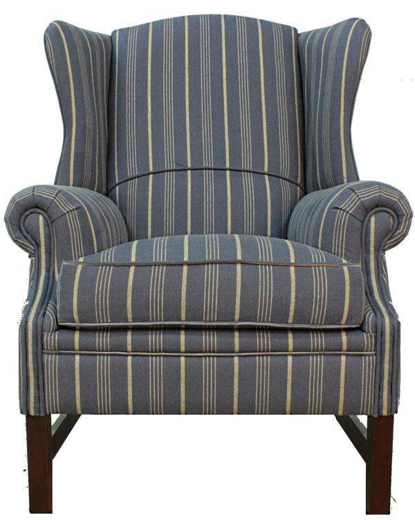 Pohodlný ušiak Wingchair, drevené nohy, textilné čalúnenie, odnímateľné sedadlo, 107 × 83 × 83 cm, 690 €, tintinhal.sk