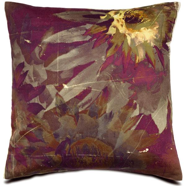 Vankúš Flower, 40 × 40 cm, 49 €, BoConcept, Light Park